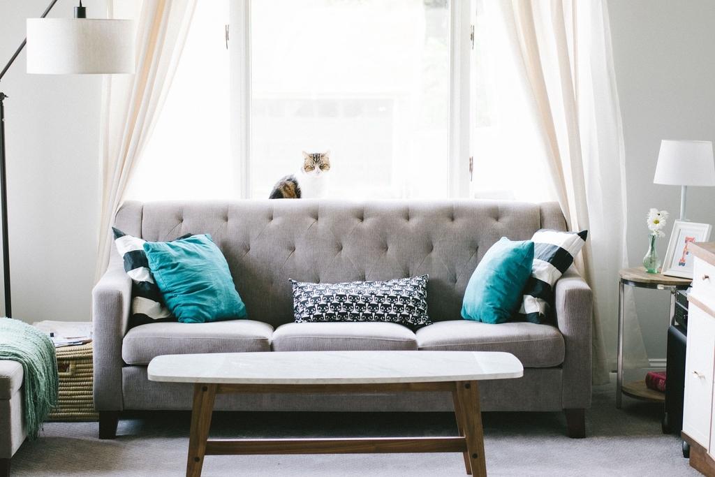 Transforma livingul tau in cel mai bun loc pentru relaxare si confort, avand la dispozitie instrumentele potrivite.